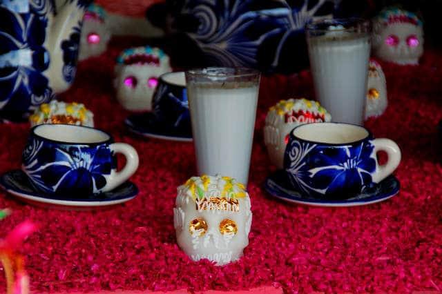 altar con petalos Foto Zylenia