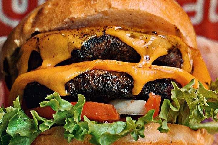burger-3847278_1280 (1)