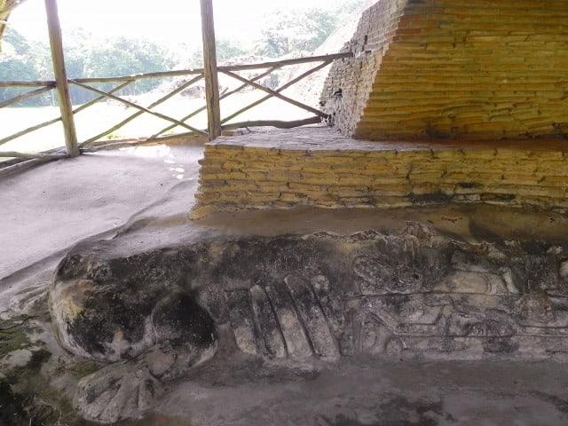 ruinas-comalcalco sapo
