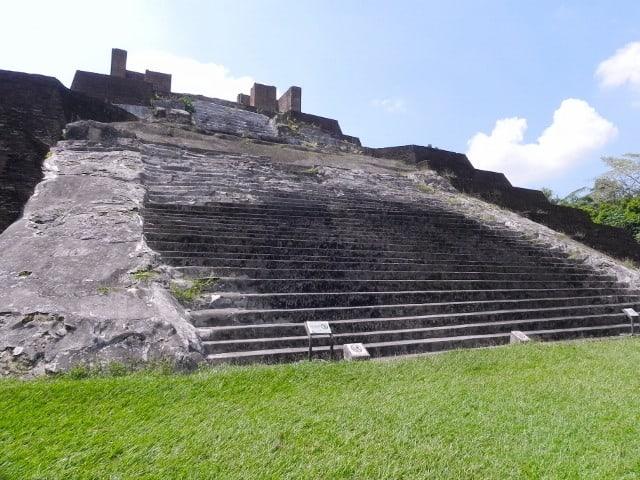 escaleras zonas de comalcalco
