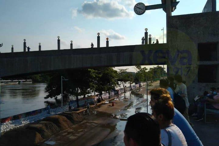 Puente malecón Villahermosa. Imagen: Tabasco. Archivo