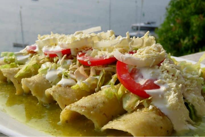 Enchiladas verdes.Foto.Fernanda Berlei.7