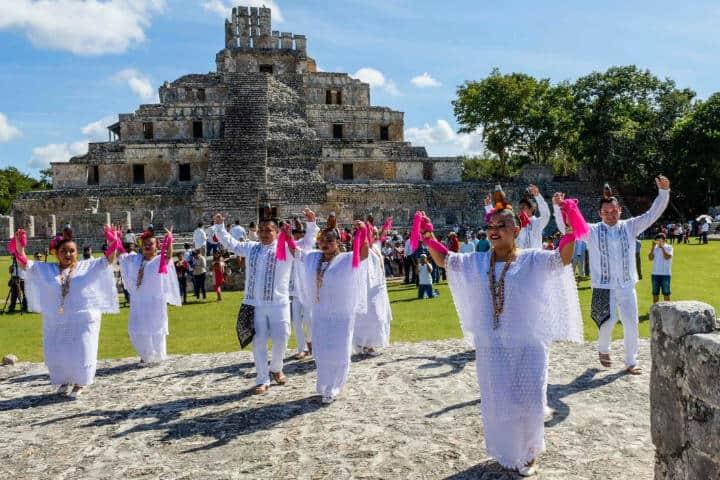 La cultura y tradición prevalecen en Edzná.Foto.Marcrix Noticias.7