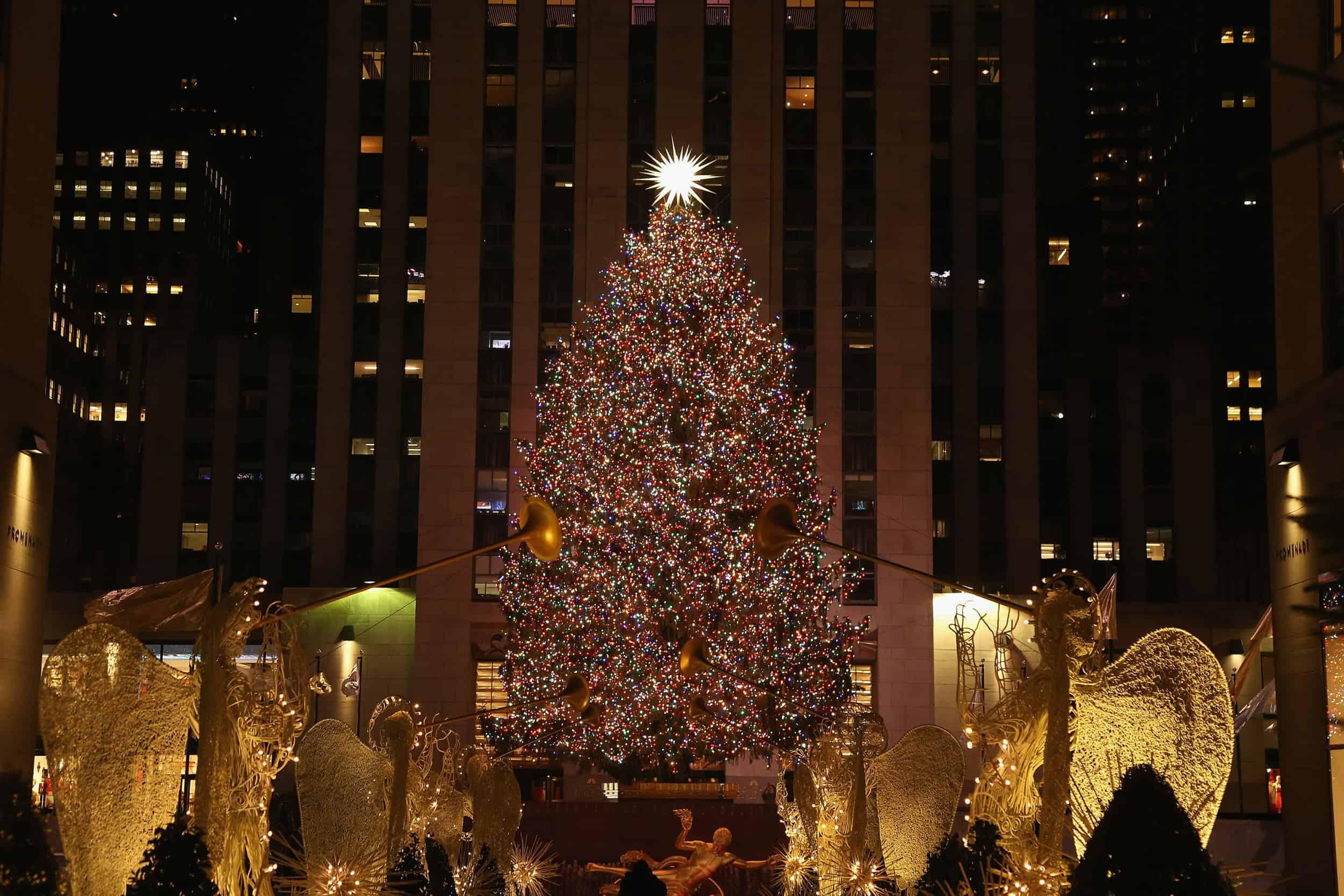 rockefeller-center-christmas-tree-lighting-time-livestream