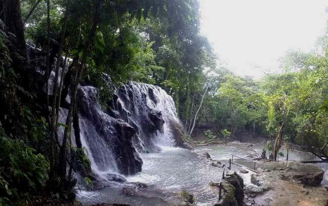 villa luz cascadas con rios