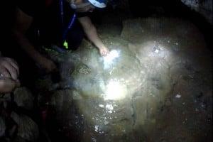 villa luz cueva azufre