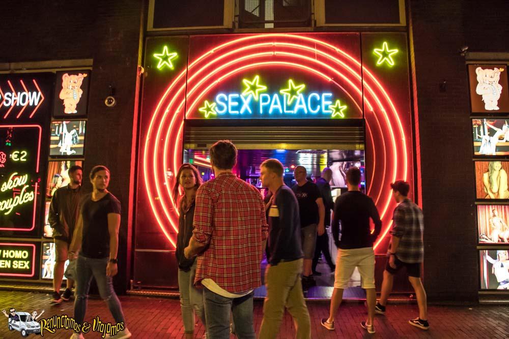 Barrio-Rojo-de-Amsterdam-2018-Renunciamos-y-viajamos-26