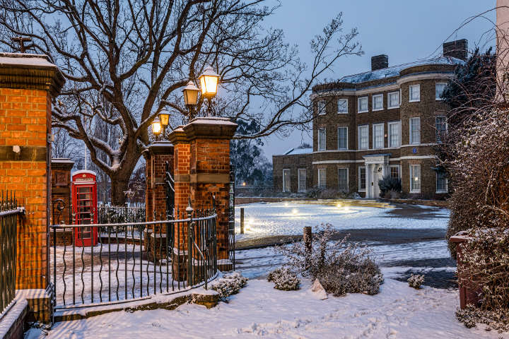 England_Houses_Evening_Winter_Hingham