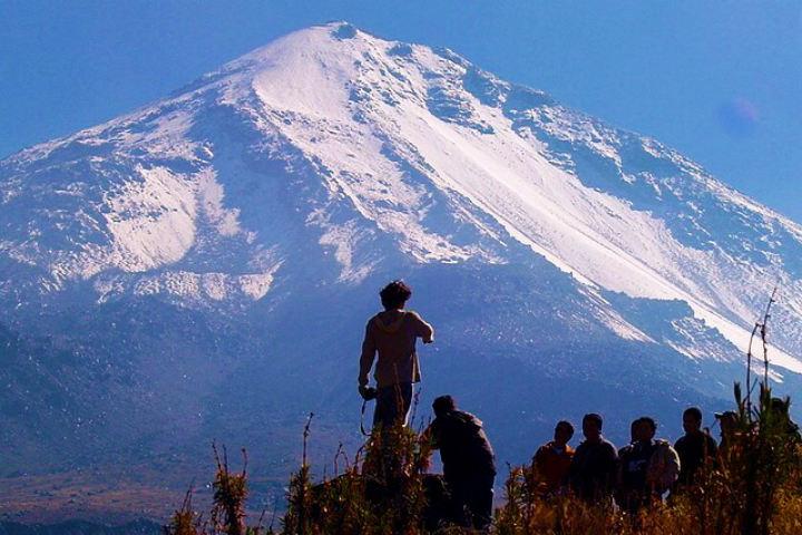Podrás sentirte poderoso desde la punta del Pico de Orizaba Foto Archivo