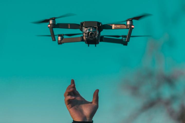 Prepárate para las mejores accidentes de drones,Agradecemos que fueron captqadas en cámara Foto Diana Măceşanu