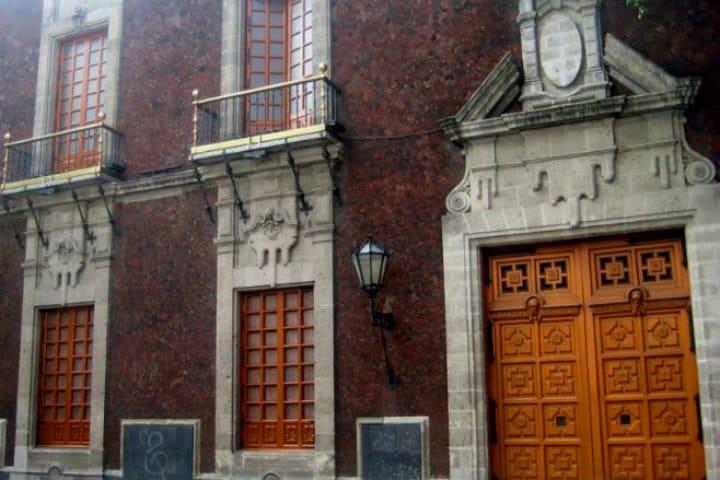 Real Hospital del Divino Salvador para mujeres dementes. CDMX. Imagen Twitter 3