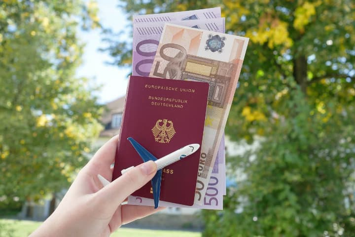 Siempre ten a la mano tus documentos de viajero.Foto.Viajamor.19
