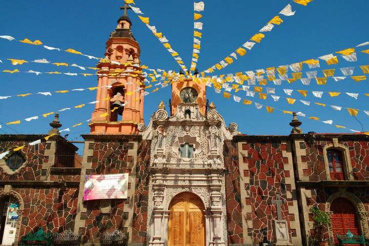 Ya haz visitado la colorida Parroquia de San Juan Bautista Nextipac en uno de los pueblos de la Ciudad de México Foto Parroquia de San Juan Bautista