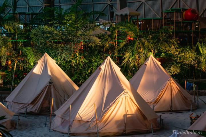 acampar en tropical islands