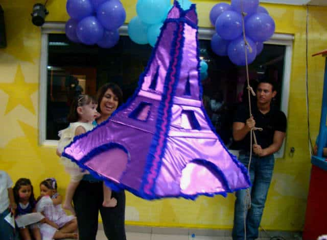 piñata eiffel