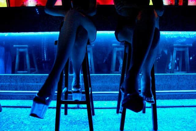 Los-lugares-más-comunes-para-el-Turismo-Sexual-son-los-antros-y-bares.-Foto:-Archivo-5