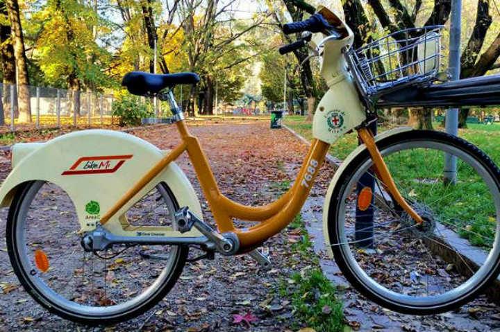 No esperes más para rentar una bicicleta y recorrer Milán con BikeMi Foto Archivo
