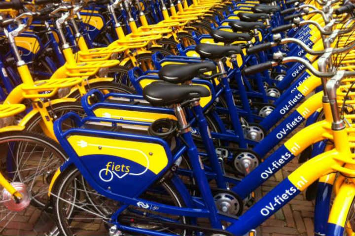 OV fiets es tu mejor opción para transportarte por Ámsterdam Foto Archivo