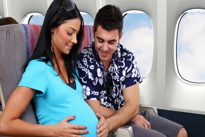 Consejos-para-volar-embarazada-y-segura-Foto-About-Español-3