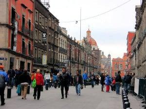 calle moneda mexico