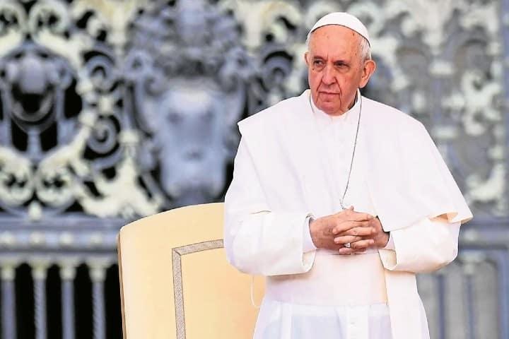 El-Papa-es-honorado-en-varias-regiones-2