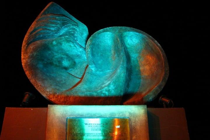 La-Mujer-en-Nautilus-Malecón-de-la-Paz-Foto-Balandra-7