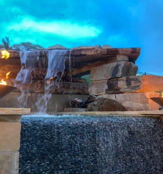 Gringo-millonario-construye-piscina-de-2-millones-de-USD-Foto-Crazy-World-1