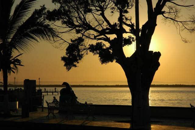 Malecon La Paz sunset foto Wondelane