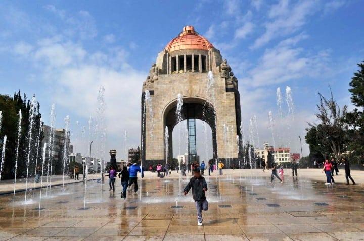 Las-fuentes-del-Monumento-Foto-Al-momento-5