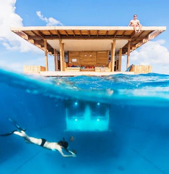 habiación debajo del agua