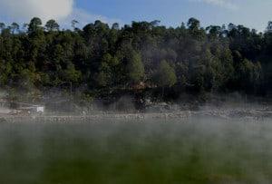 los azufres spa natural vapor lago