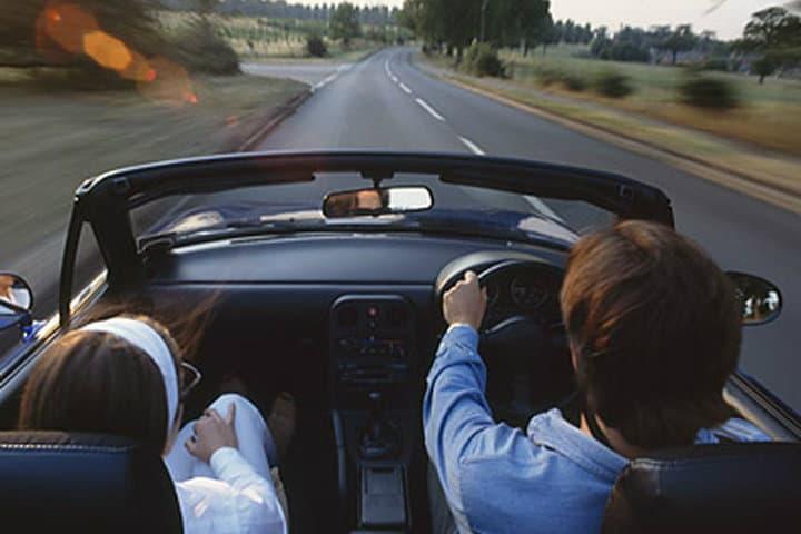 Intenta manejar del lado derecho.Foto.Motori.it.2