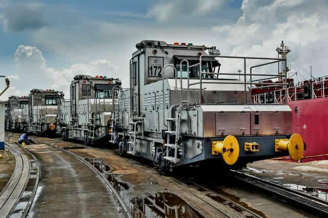 canal de panama locomotora