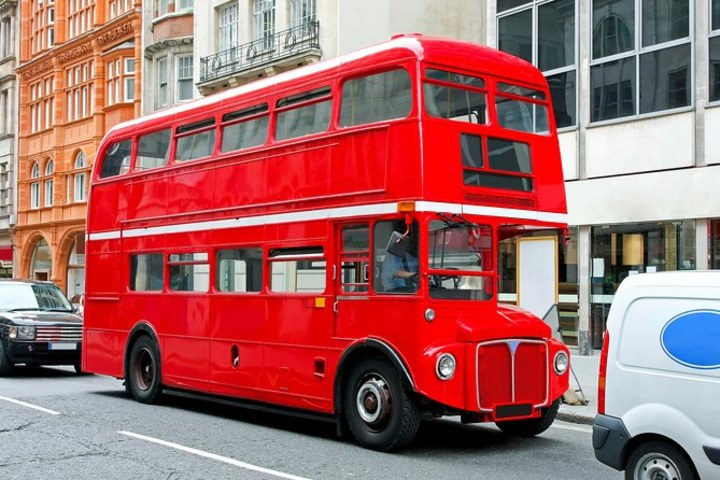 Autobús clásico Reino Unido. Foto_ Viator