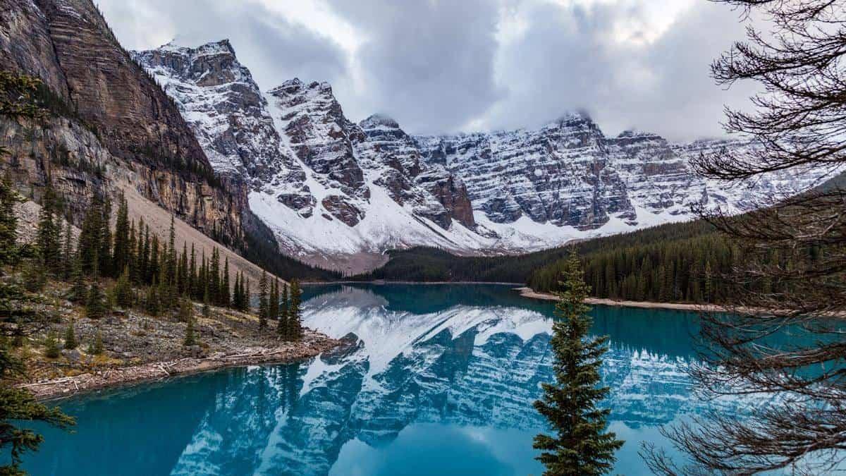 Canada_Banff National Park_Staff-AH_3514_Alexander Howard_Lonely Planet