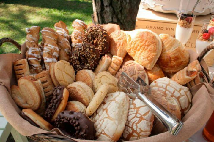 Compra donde tú quieras la experiencia del probar el pan siempre será la misma deliciosa.Foto.W Radio.3