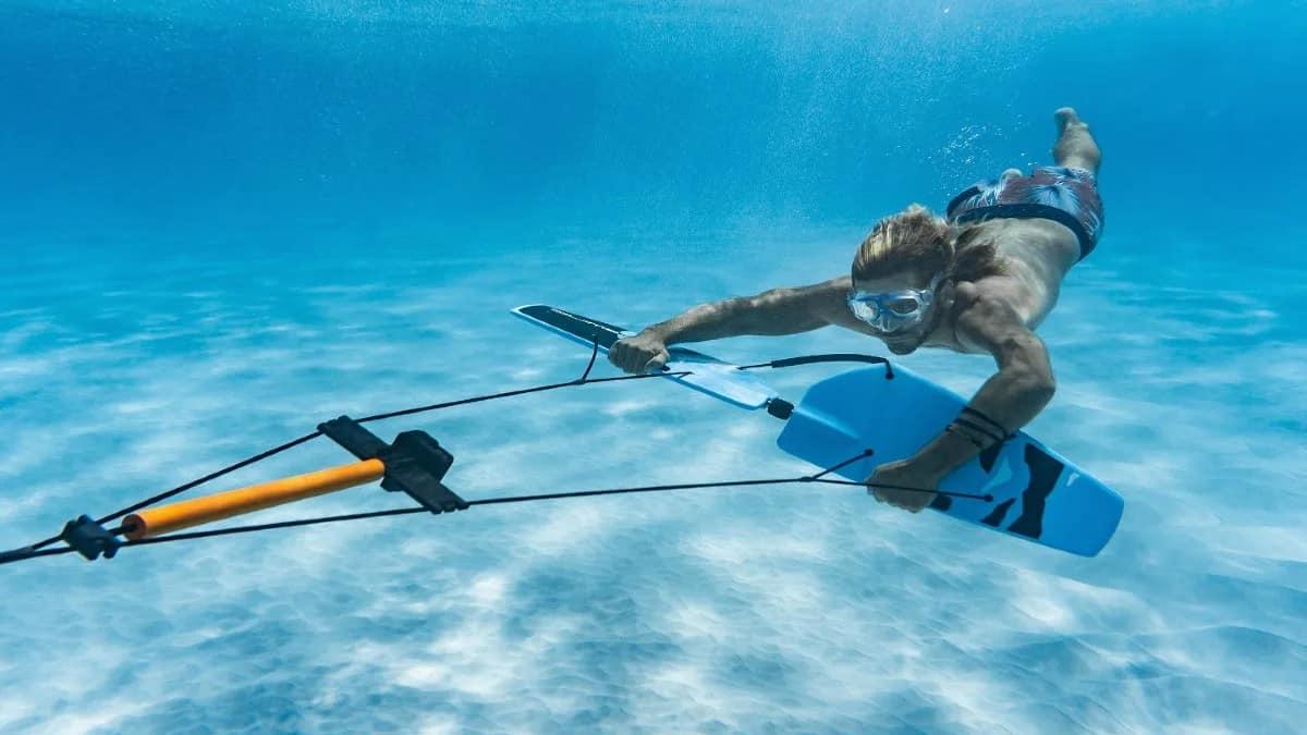 Haciendo Subwing. Foto: civitatis.com