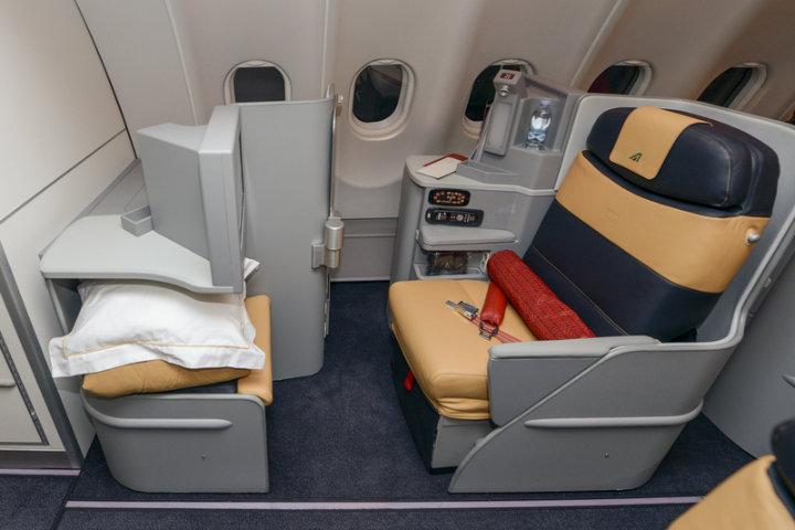 Lo más cómodo para tu viaje en Alitalia.Foto.Mike A Bordo.4