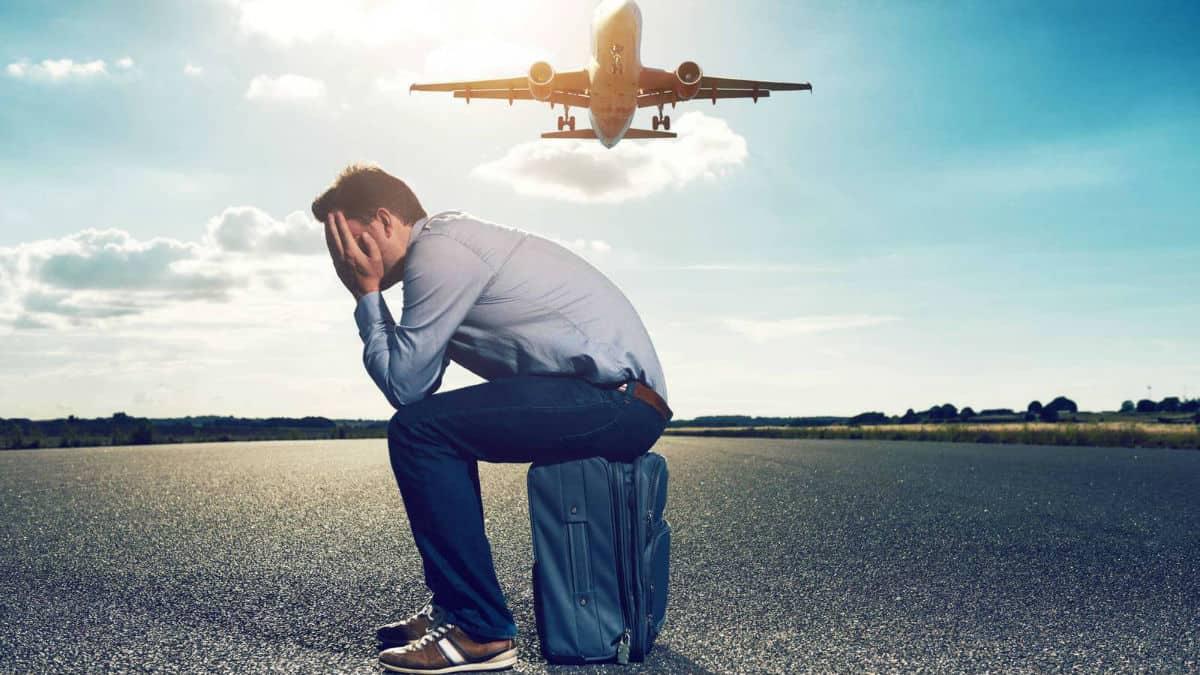 Portada.Cómo volar en un avión por primera vez.Foto.América al Día