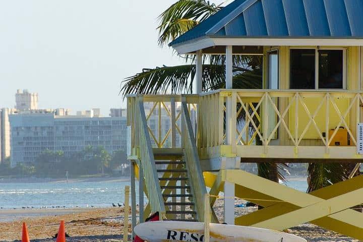beach-1156977_1280 (1)
