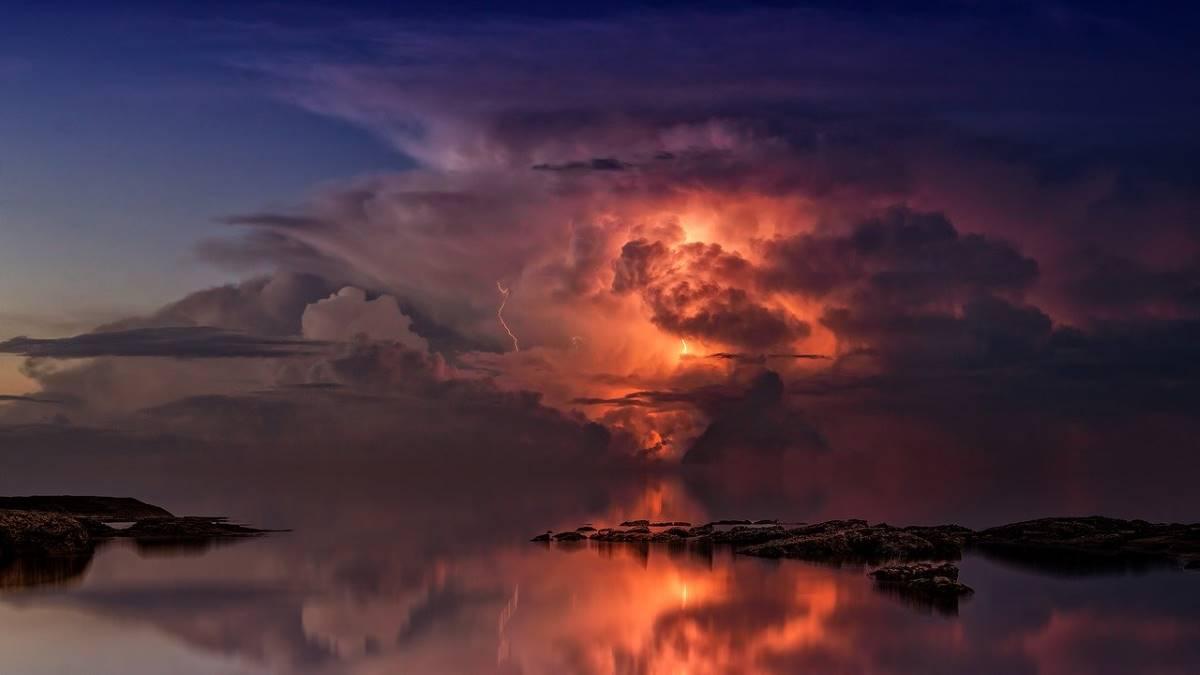 thunderstorm-3440450_1280 (1)