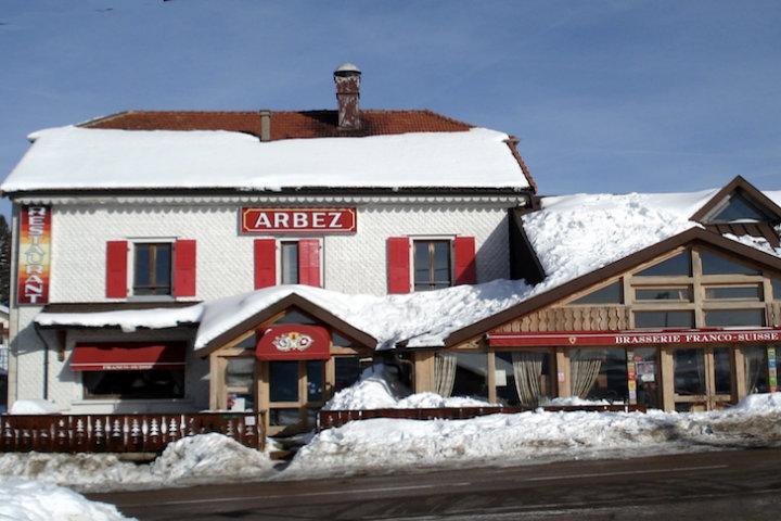 Hotel Arbez entre dos paises.Foto.Progreso Hispano.1