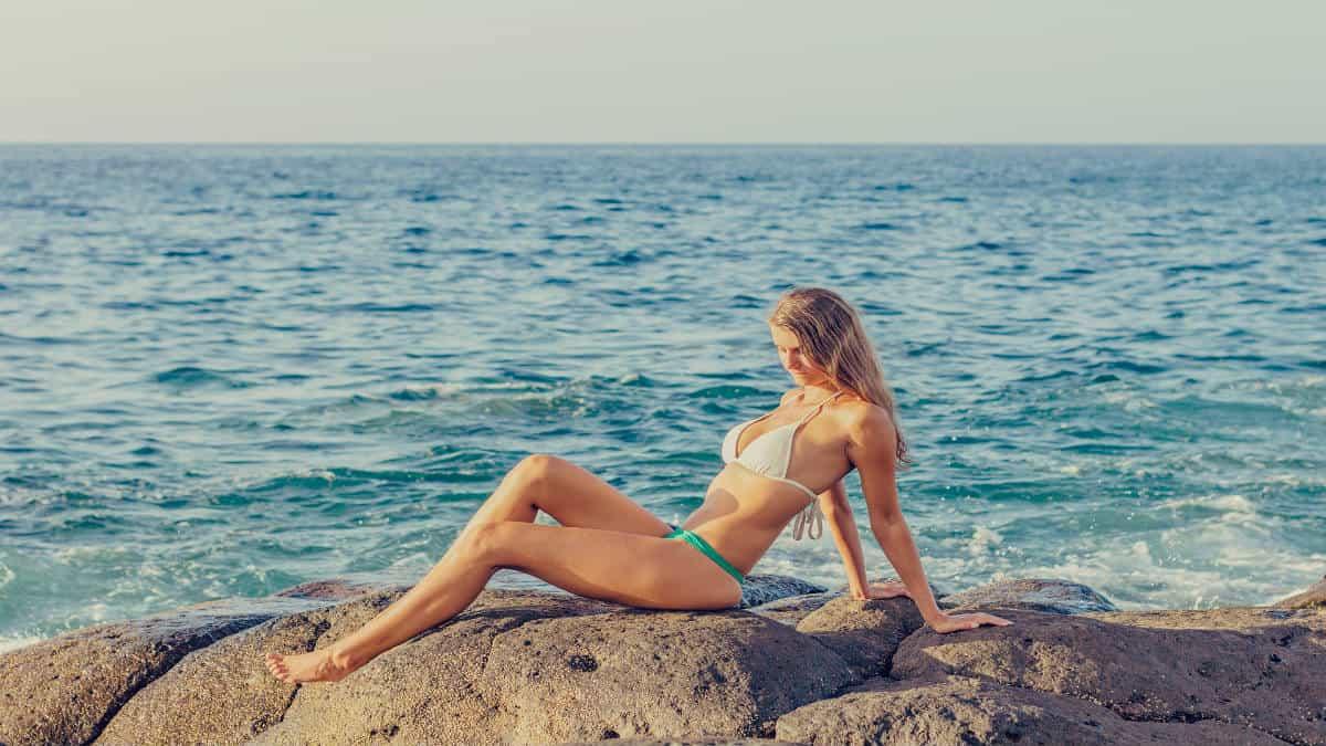 Portada.Bikinis más hot para verano.Foto.Adamkontor