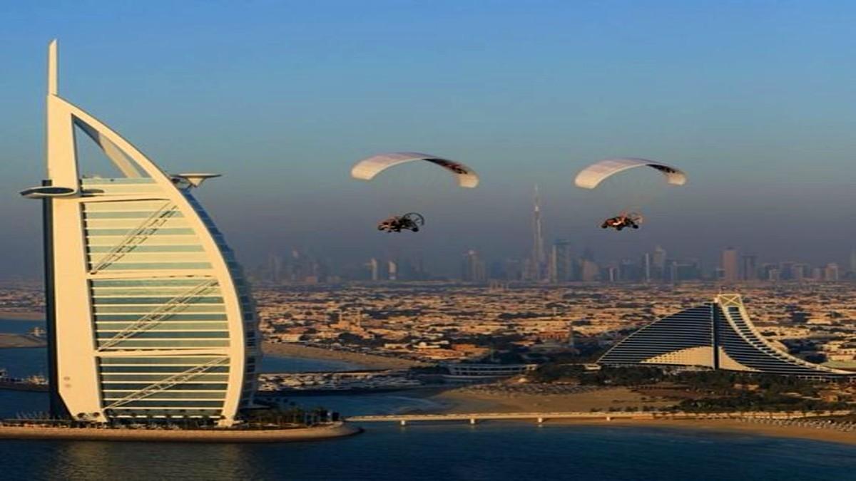 Vídeo Catapulta Humana en Dubái. Foto Sheikhs de Dubái, Fans Hispanos.