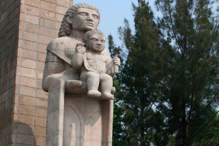 México lindo y querido Foto: Monumento a la madre