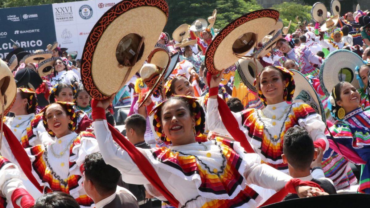 Récord guinness de sombreros de charros. Foto: Tecnológico de Monterrey