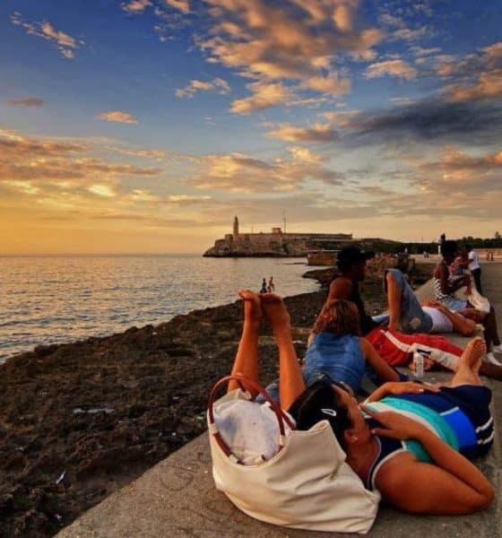 Visita la Habana Cuba como un local. Portada. Imagen. Archivo