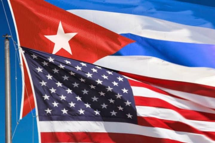 bandera usa cuba