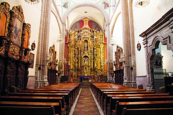 Time out México Foto:UrbTime Out México Foto: Iglesia de San Cosmé y San Damián