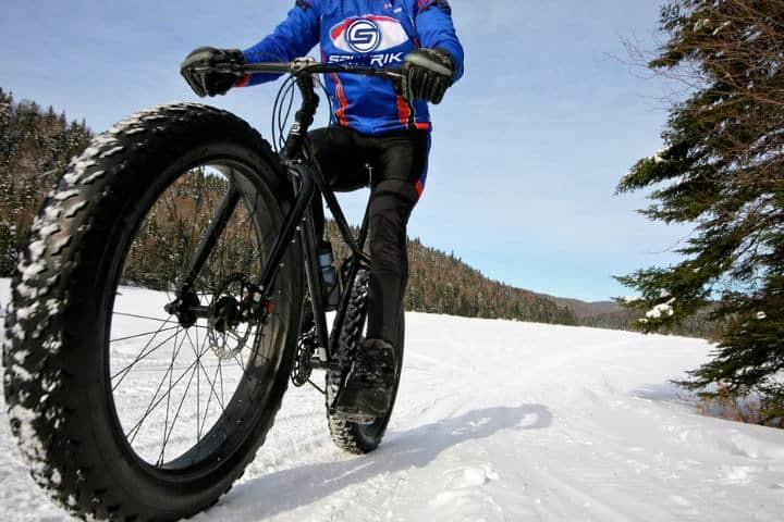 ¿Qué es Fatbike o bicicleta sobre nieve_ Foto Archivo.
